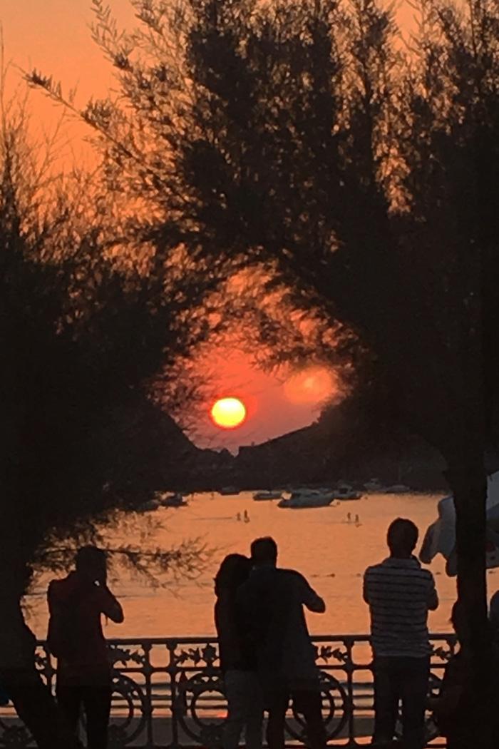 sunset_people