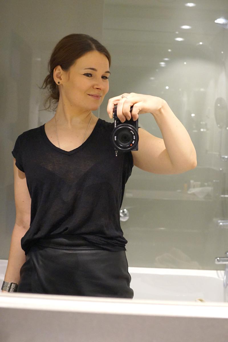 selfie_bathroom